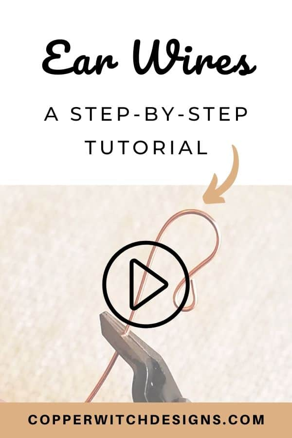 Want to learn how to make your own earrings, but not sure where to start? Check out this video tutorial to learn how to make your own earrings now! Make your own DIY jewelry with this jewelry making tutorial today #DIYjewelry #jewelerytutorials #DIYearrings